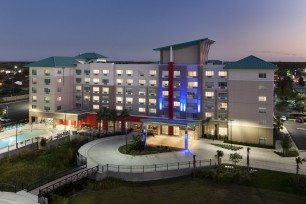 Holiday Inn Express - Orlando